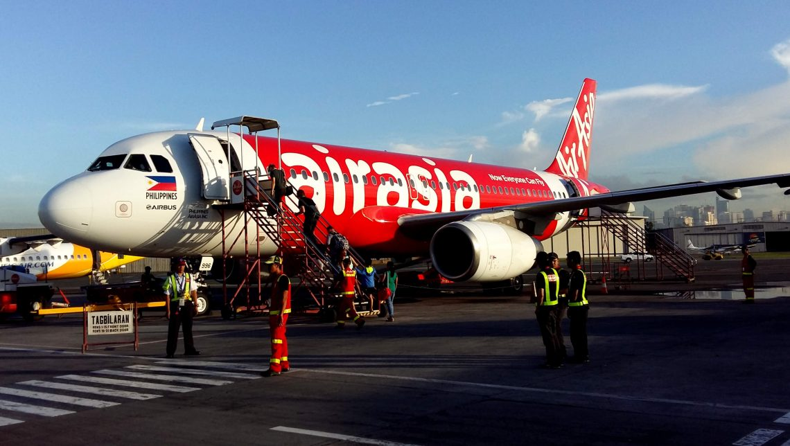 Avión de Air Asia con destino a Bohol, Filipinas