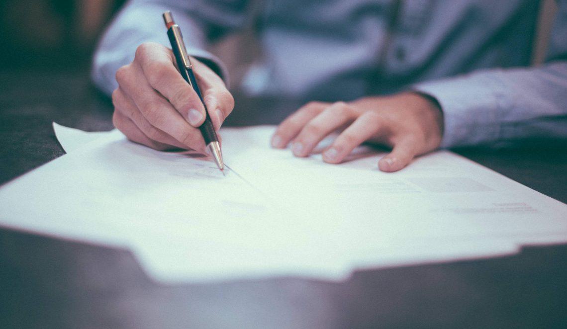 En Fiverr puedes ofrecer servicios como freelance
