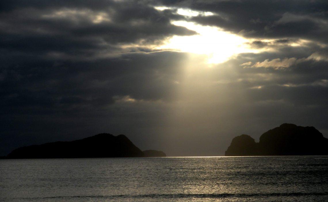 playa las cabanas el nido filipinas
