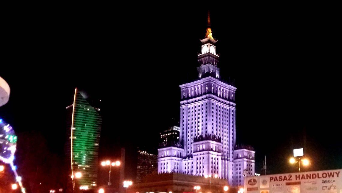 lugares de interés en varsovia noche