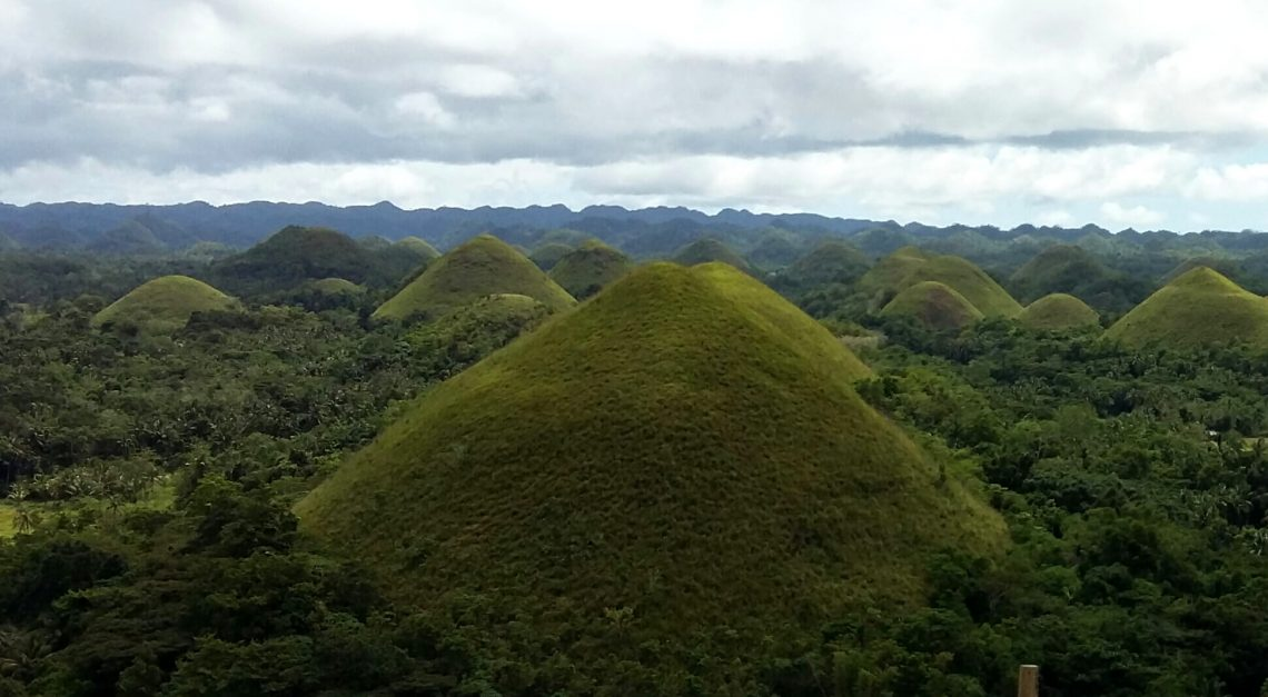 Chocolate Hills, la gran atracción de Bohol Filipinas