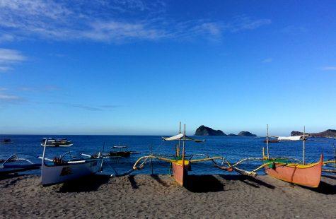 playas cerca de manila zambales
