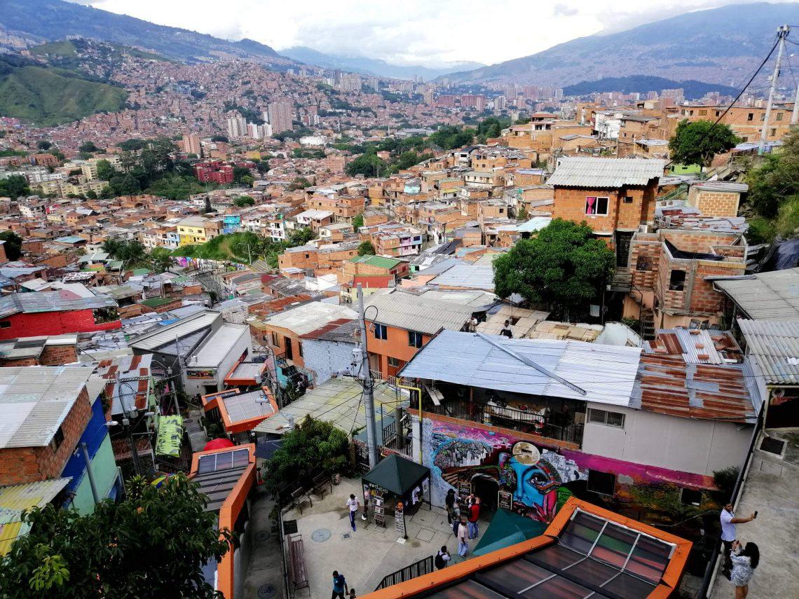 comuna 13 en medellin colombia