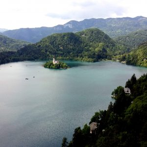 lago bled eslovenia donde dormir