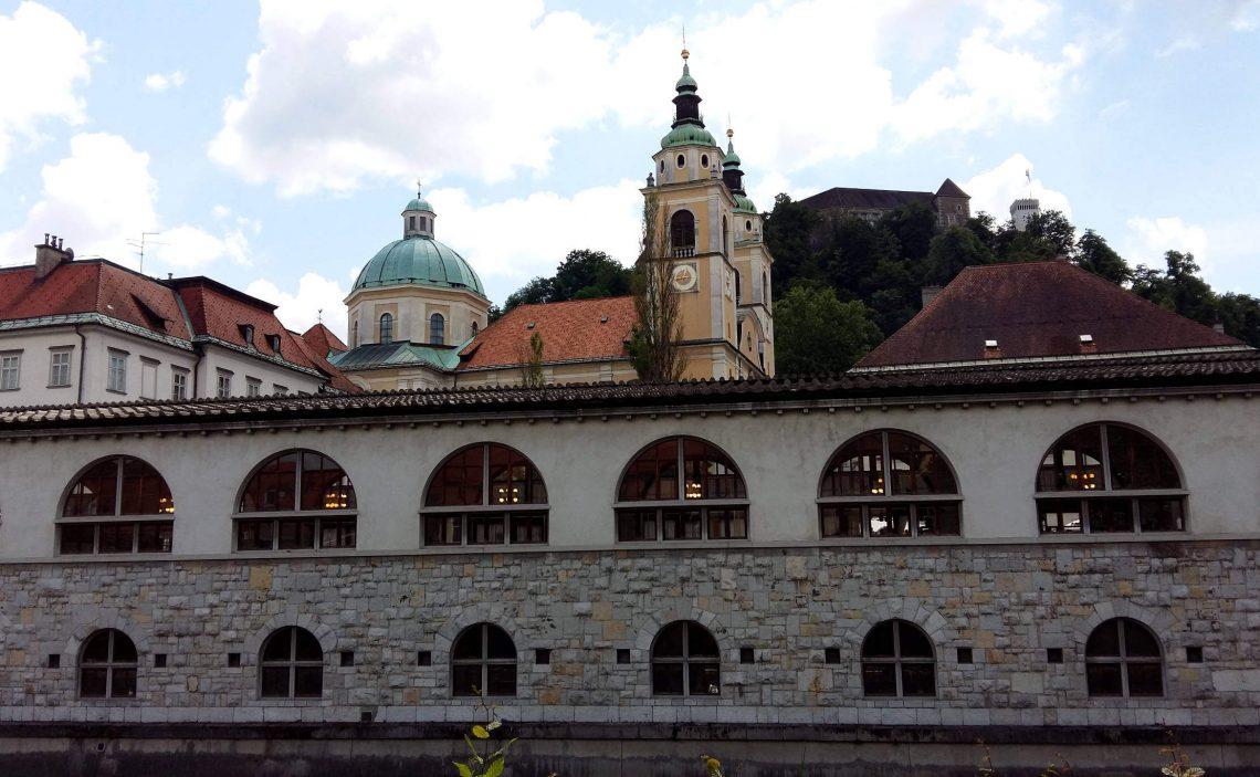 capital de eslovenia castillo