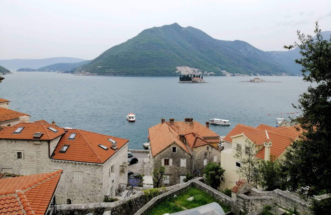 Pueblos bahía de Kotor