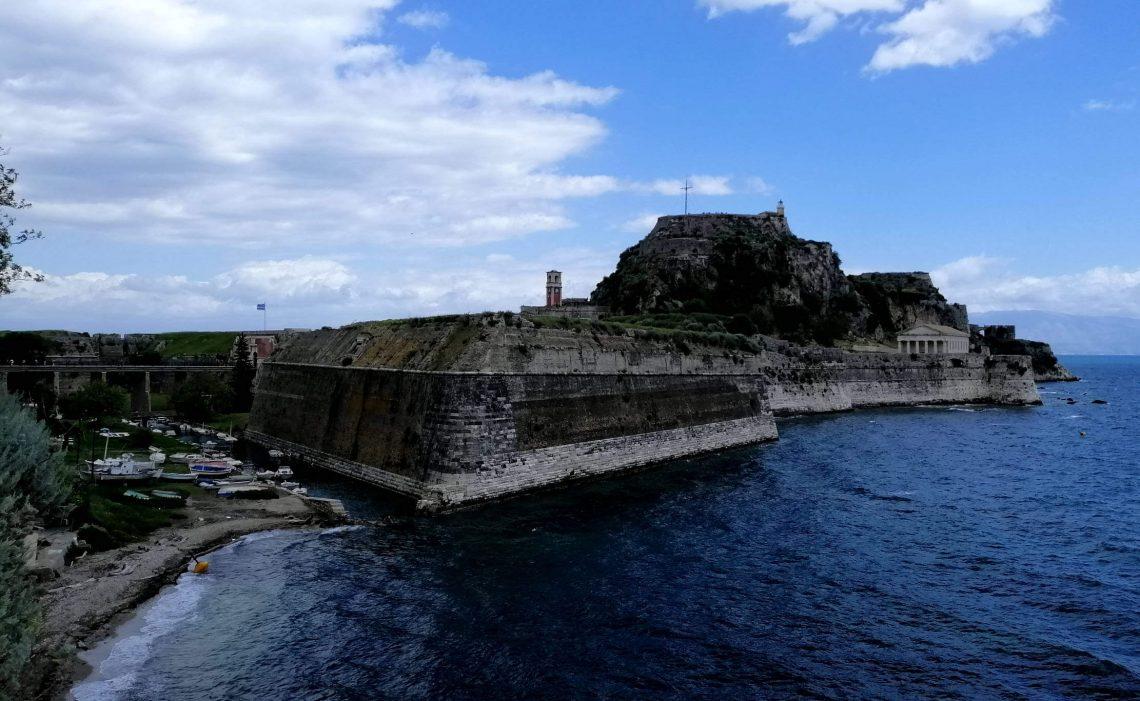 fortaleza veneciana en Corfú ciudad